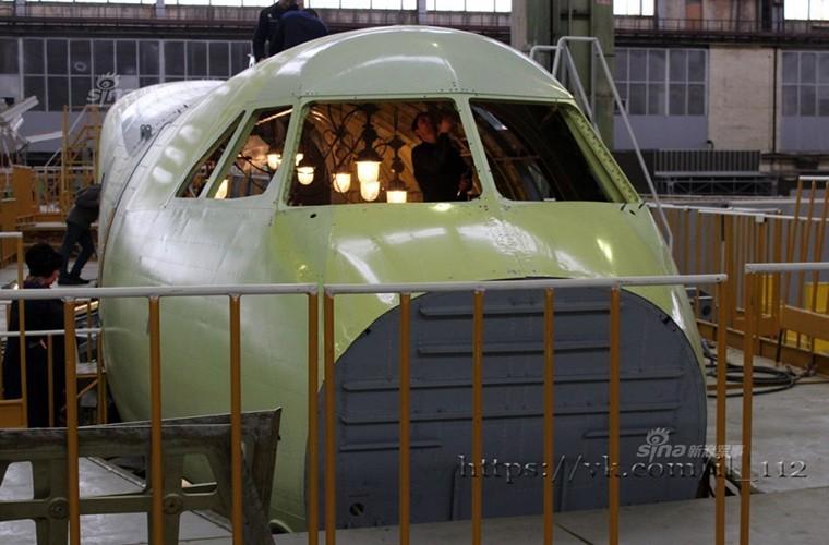 Tham nha may lap rap van tai co Il-112V cua Nga-Hinh-6