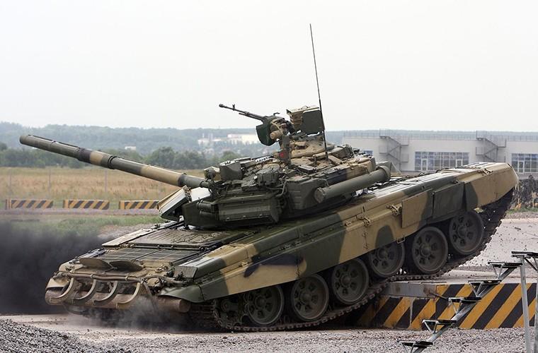 Ngo ngang phien ban xe tang T-90M it duoc biet toi-Hinh-3