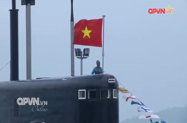 Bo doi tau ngam Viet Nam ren luyen gian kho the nao?-Hinh-12
