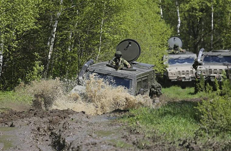 Tai sao linh du Nga lai chon xe thiet giap chuan NATO?-Hinh-4