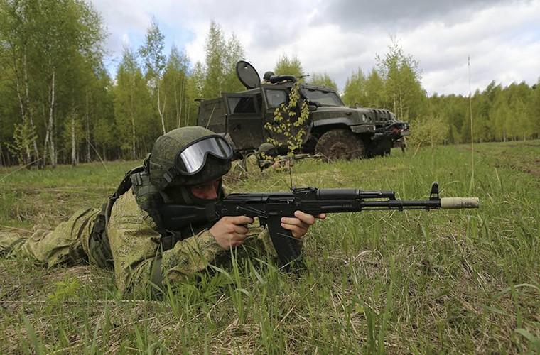 Tai sao linh du Nga lai chon xe thiet giap chuan NATO?-Hinh-7