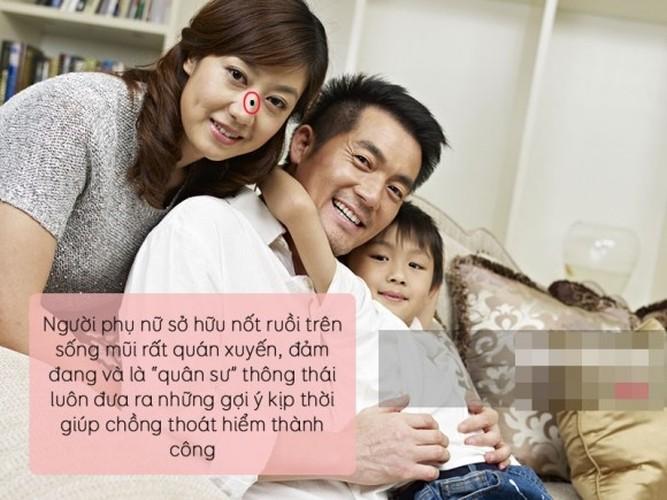 "Nhan dien phu nu vuong phu qua 7 not ruoi ""than thanh""-Hinh-5"