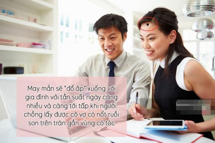 "Nhan dien phu nu vuong phu qua 7 not ruoi ""than thanh""-Hinh-8"
