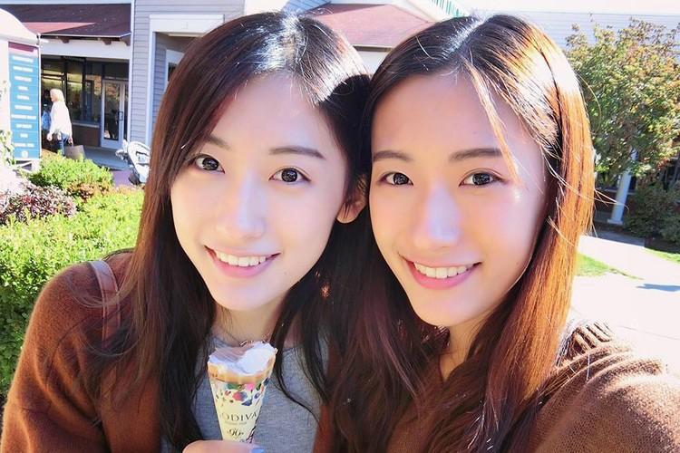 Chi em sinh doi noi tieng nguoi Trung Quoc cung tot nghiep Harvard-Hinh-5