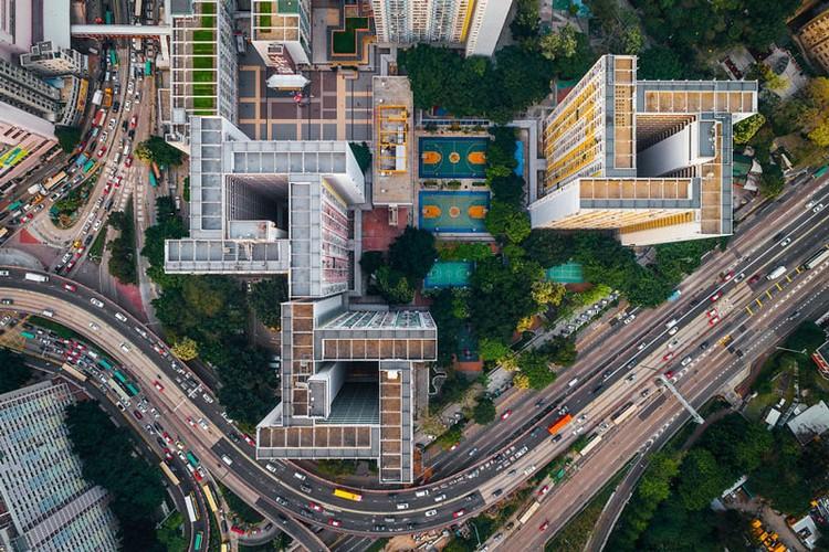 Ngo ngang nhung toa cao oc Hong Kong nhin tu tren... troi-Hinh-3