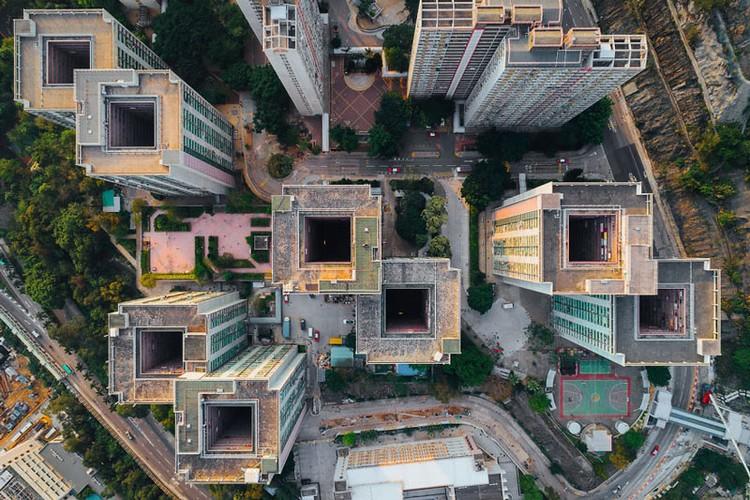 Ngo ngang nhung toa cao oc Hong Kong nhin tu tren... troi-Hinh-5