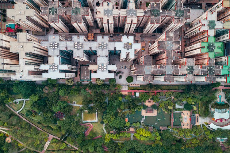 Ngo ngang nhung toa cao oc Hong Kong nhin tu tren... troi-Hinh-8