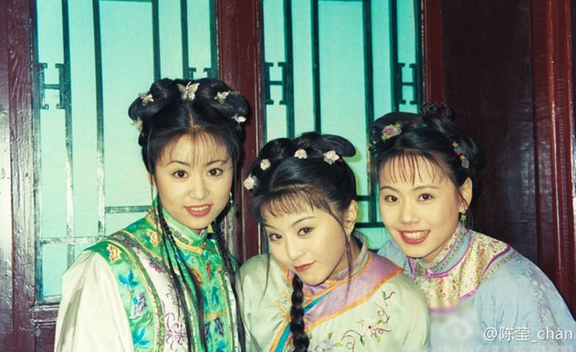 """Lieu Hong """"Hoan Chau Cach Cach"""" U40 non na """"an dut"""" gai 20"""