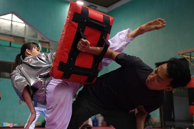 Tuyen taekwondo kho luyen bang dung cu dac biet truoc SEA Games-Hinh-13