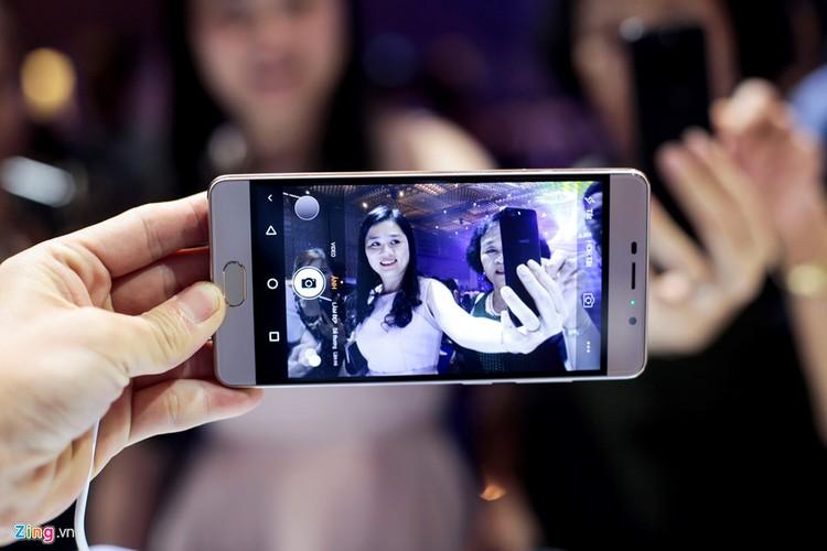 Anh thuc te bo doi smartphone gia re cua Asanzo vua ra mat-Hinh-10