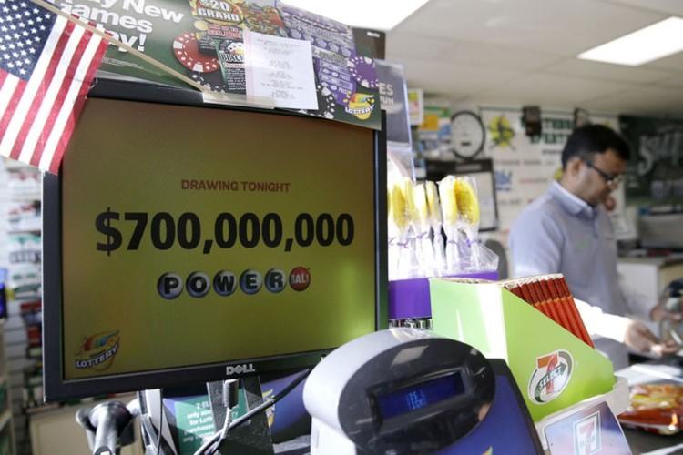 """Con sot mua ve so Powerball de trung 700 trieu USD """"can quet"""" nuoc My-Hinh-5"""