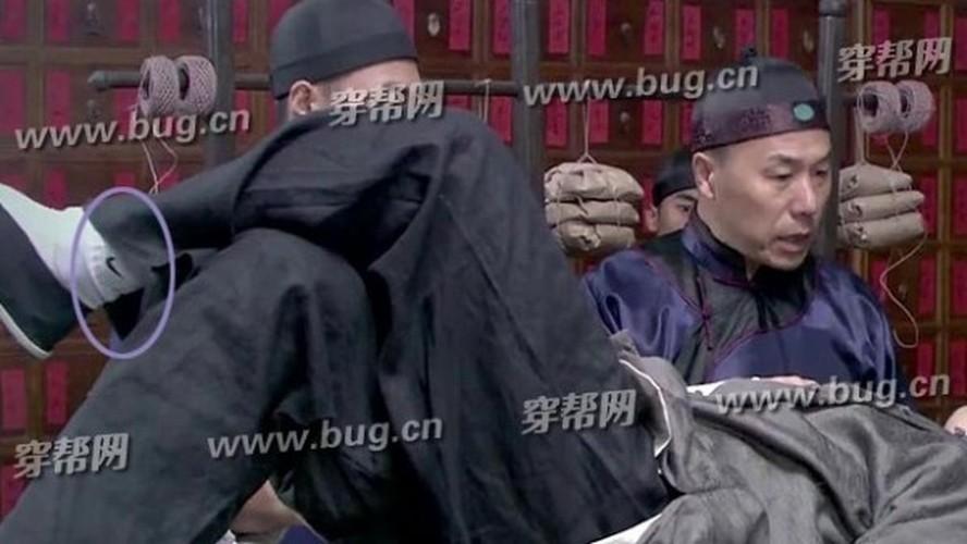 Soi nhung loi ngo ngan trong phim co trang Trung Quoc-Hinh-6