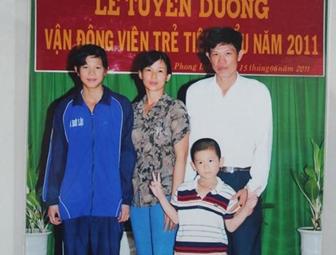 "Anh hiem ve Anh Vien: Tu co be mum mim den ""tieu tien ca""-Hinh-4"