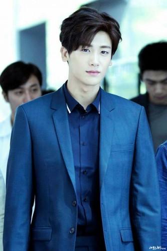 "Lee Min Ho cung phai ""coi chung"" nhung nam than nay-Hinh-6"