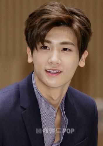 "Lee Min Ho cung phai ""coi chung"" nhung nam than nay-Hinh-7"