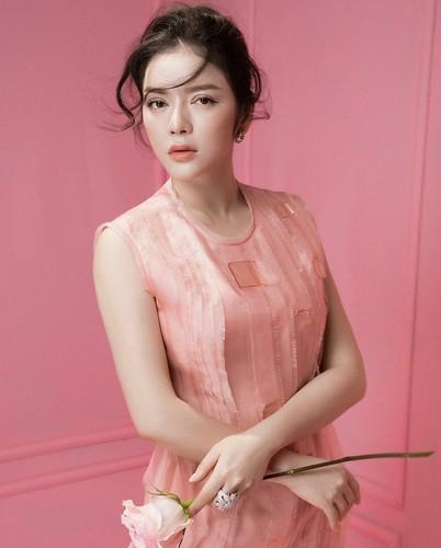 "Ly Nha Ky hoa thanh hinh tuong ""Nang cong chua trong co tich""-Hinh-3"