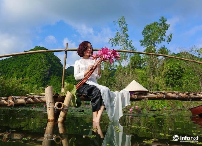 Khong duoc mua, hoa sung van khien Suoi Yen dep mong mo-Hinh-7