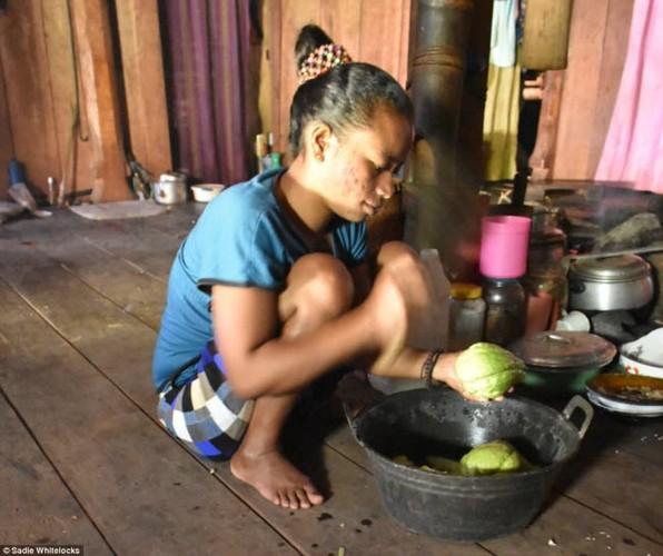 Bi an bo lac song tach biet voi the gioi o Indonesia-Hinh-5