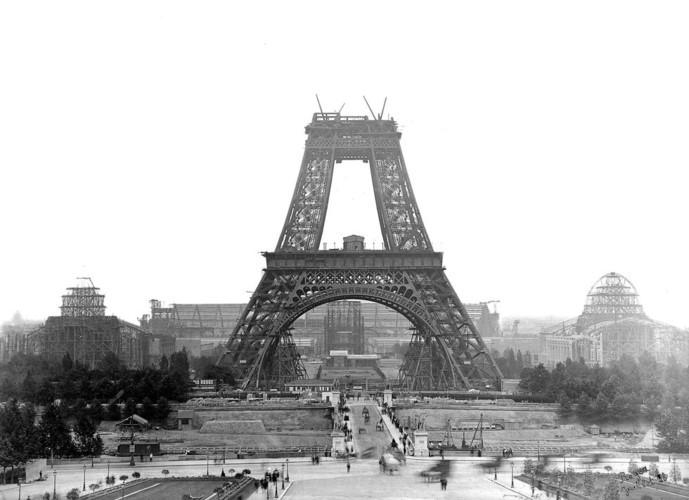 Ngam Paris the ky truoc qua nhung buc anh den trang-Hinh-2