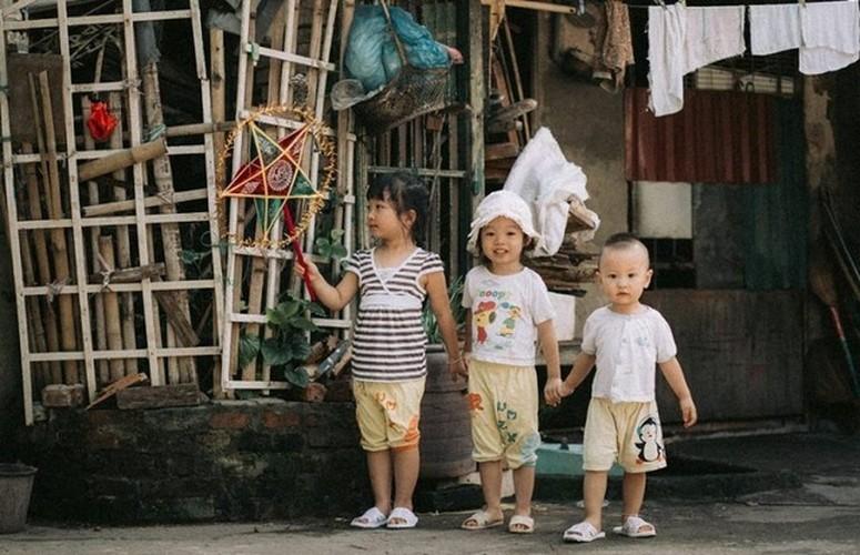 "Xuc dong bo anh Tet Trung thu ""Ga trong nuoi con"" thoi bao cap-Hinh-4"