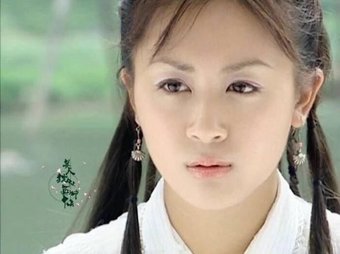 Hoa dan TVB sa co lo van, di don dep ve sinh kiem tien nuoi con-Hinh-3