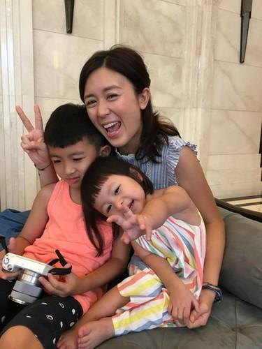 Hoa dan TVB sa co lo van, di don dep ve sinh kiem tien nuoi con-Hinh-8