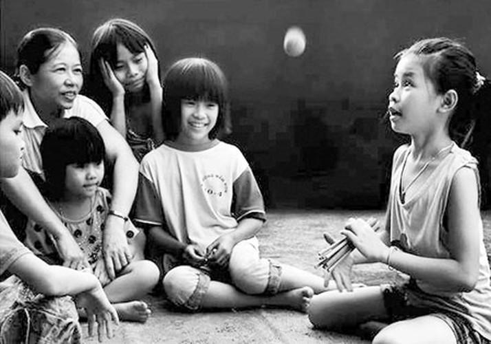 Tro choi thoi bao cap binh di cua tre em Viet Nam-Hinh-11