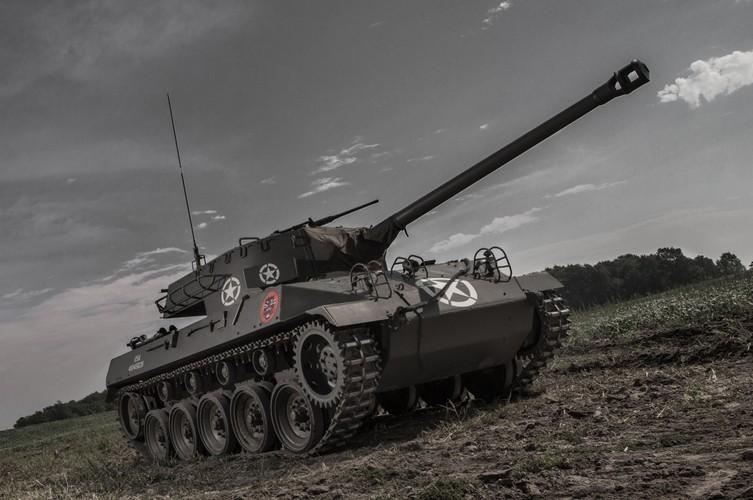 Quai di phao tu hanh chong tang M18 Hellcat cua My-Hinh-3