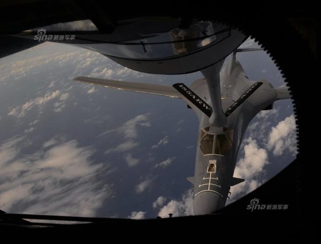"May bay nem bom  B-1B Lancer ""dap dom"" o Bien Dong-Hinh-5"