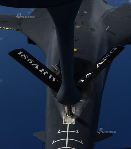 "May bay nem bom  B-1B Lancer ""dap dom"" o Bien Dong-Hinh-7"
