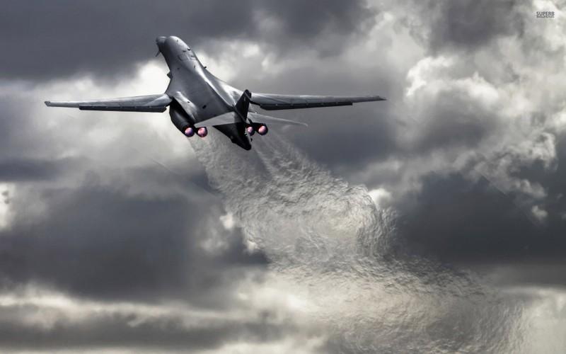 "May bay nem bom  B-1B Lancer ""dap dom"" o Bien Dong-Hinh-8"