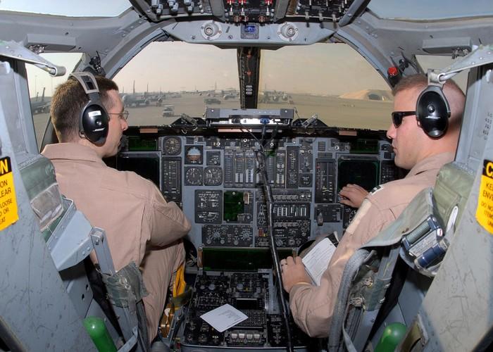 "May bay nem bom  B-1B Lancer ""dap dom"" o Bien Dong-Hinh-9"