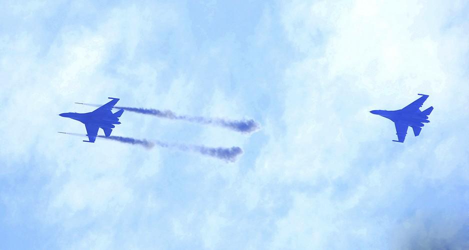 Anh: Trung Quoc trien khai tiem kich Su-30MKK phong rocket tan cong-Hinh-9