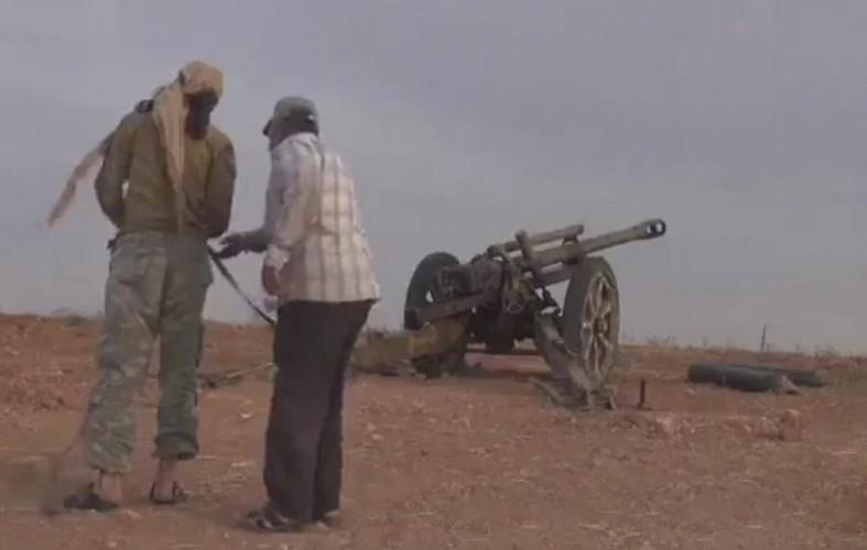 Giat minh khau phao Duc 80 tuoi duoc phien quan Syria dung-Hinh-5