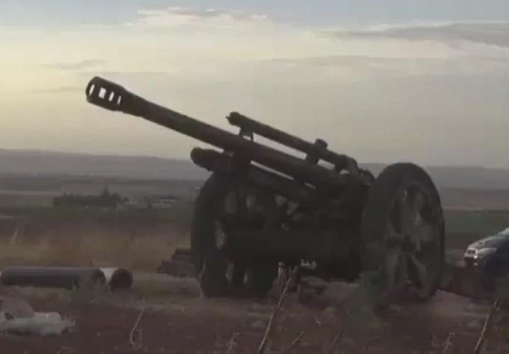 Giat minh khau phao Duc 80 tuoi duoc phien quan Syria dung-Hinh-7