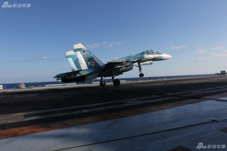 Tau san bay Kuznetsov dang lam gi o Syria?-Hinh-10