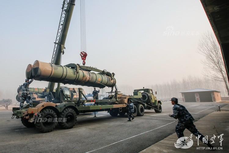 Mo kho ten lua phong khong S-300 khong lo cua Trung Quoc-Hinh-8