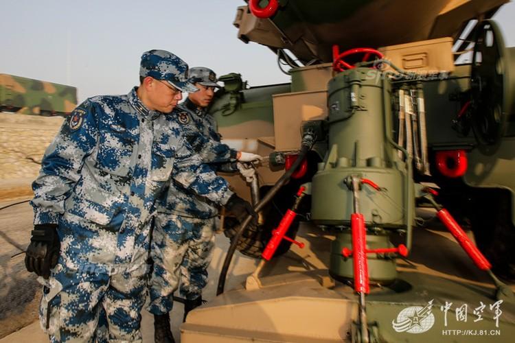 Mo kho ten lua phong khong S-300 khong lo cua Trung Quoc-Hinh-9