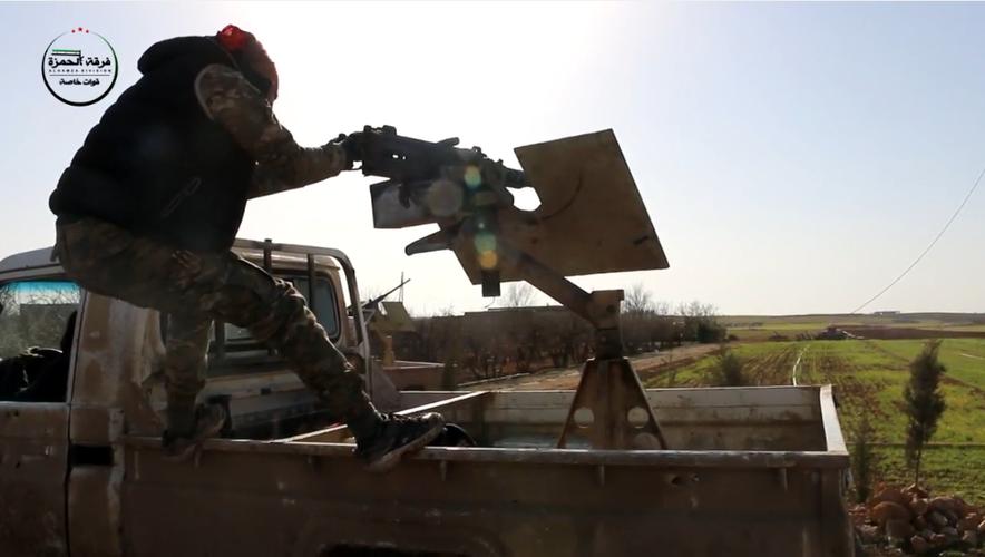 Kinh ngac vu khi cua chien binh Su doan Hamza o Syria-Hinh-10