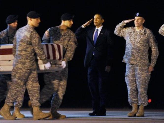 Loat anh kho quen Tong thong Obama voi Quan doi My-Hinh-7