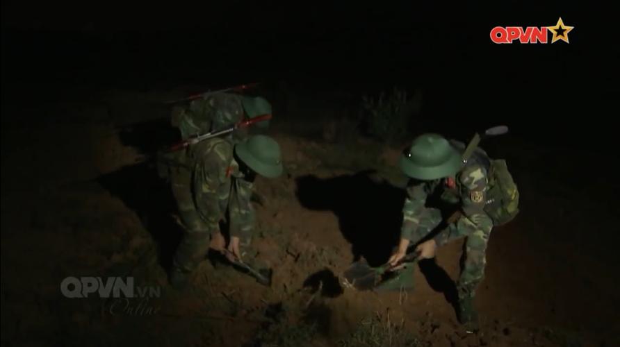 Nhin bo binh co gioi Viet Nam chuyen trang thai chien dau-Hinh-7