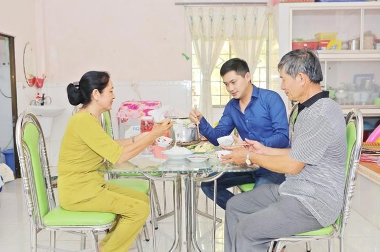 Cuoc song trong nha vuon 3.000 met vuong cua Minh Luan-Hinh-9