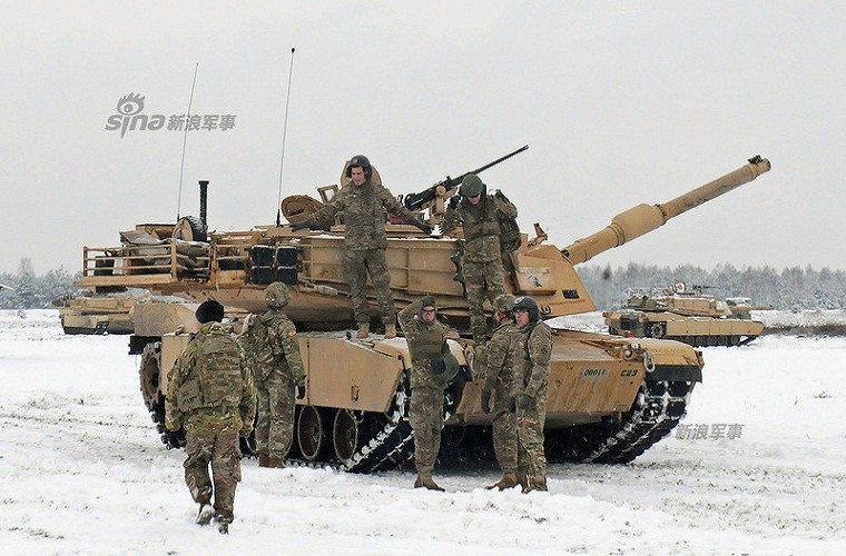 Muc kich xe tang Abrams na phao du doi sat nach Nga