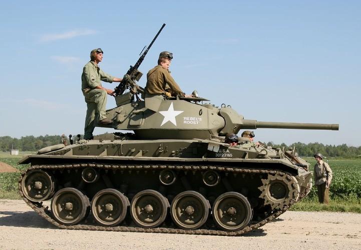 La ky so phan cua xe tang M24 Chaffee My-Hinh-2