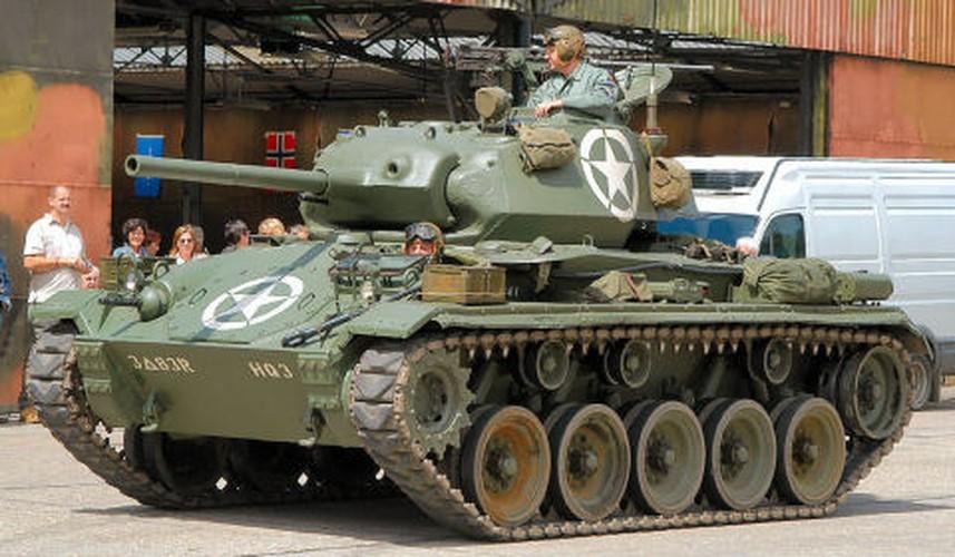 La ky so phan cua xe tang M24 Chaffee My-Hinh-5