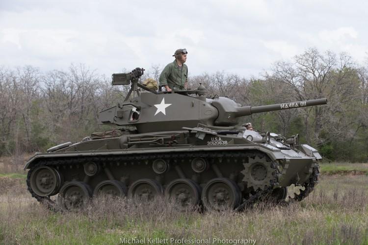 La ky so phan cua xe tang M24 Chaffee My-Hinh-6