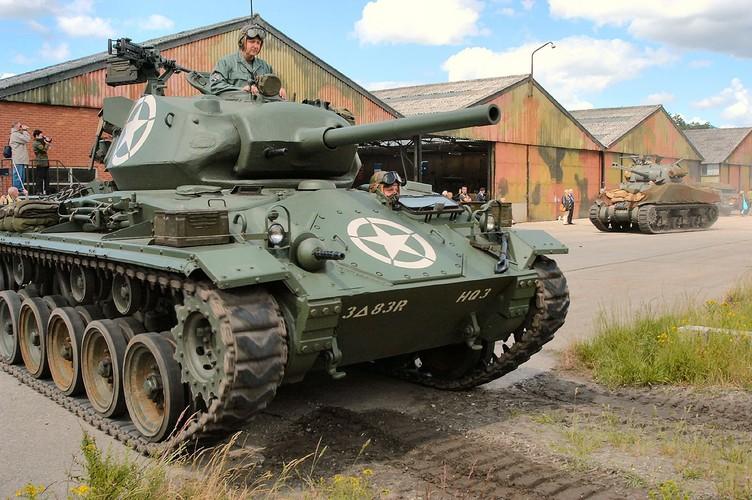 La ky so phan cua xe tang M24 Chaffee My-Hinh-7