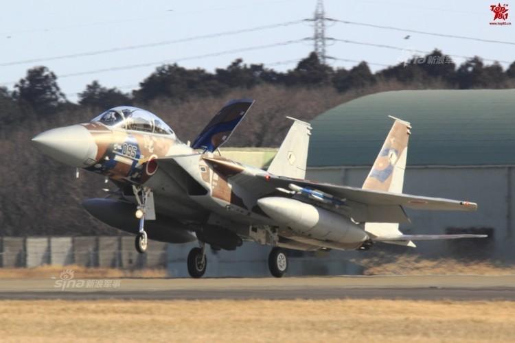 Loe loet dan tiem kich F-15 cua Nhat Ban-Hinh-6