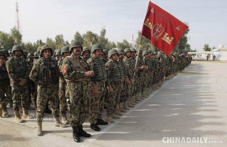 Anh ky cuc linh My huan luyen Quan doi Afghanistan-Hinh-9