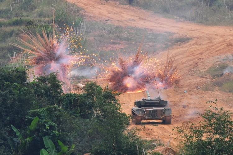 Muc kich xe tang Type 96 cua Trung Quoc loi bun-Hinh-6